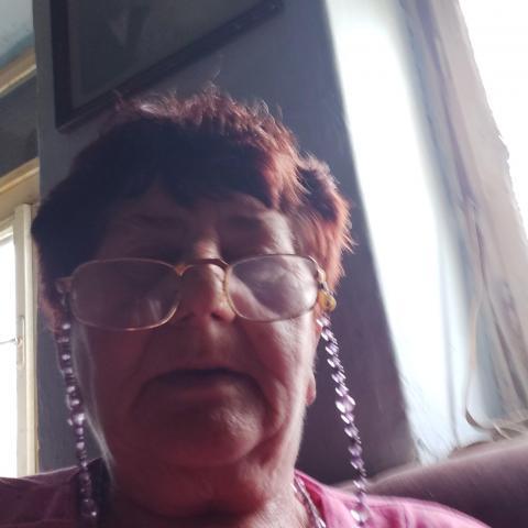 Margó, 67 éves társkereső nő - Istenmezeje