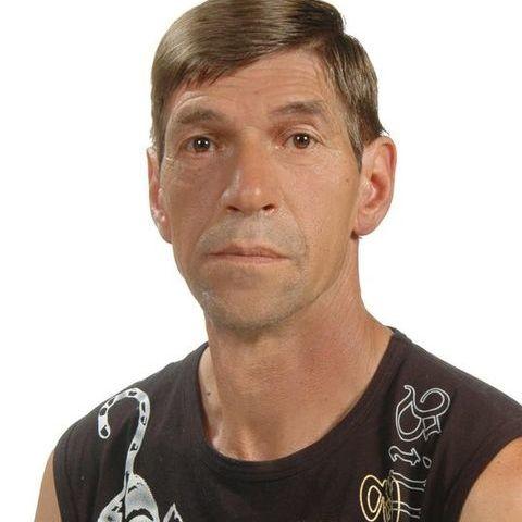 István, 64 éves társkereső férfi -