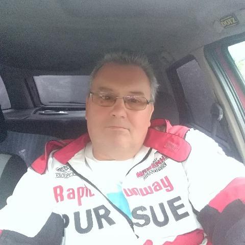 Barna, 49 éves társkereső férfi - Báránd
