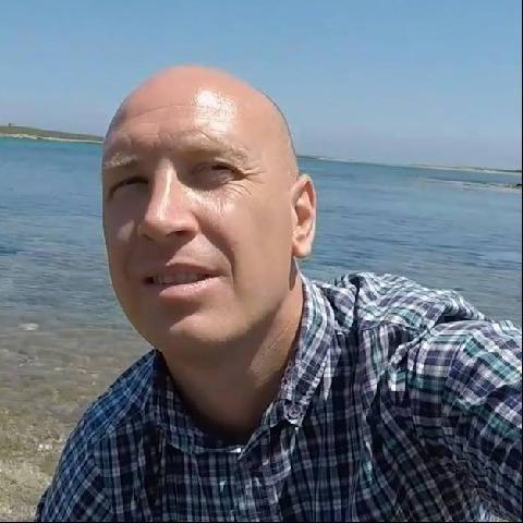 Krisztian, 40 éves társkereső férfi - Nyíregyháza