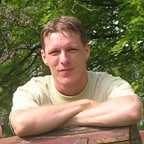 Róbert, 41 éves társkereső férfi - Tata