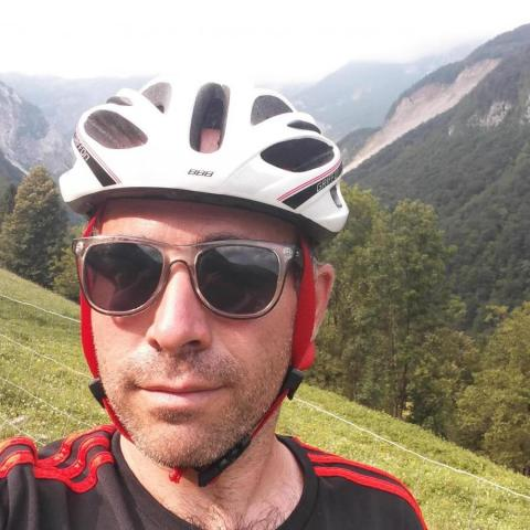 Tibor, 42 éves társkereső férfi - Debrecen