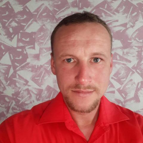 Istvan, 33 éves társkereső férfi - lasko