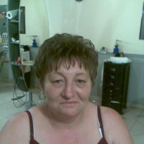 Eta, 63 éves társkereső nő - Nyíregyháza