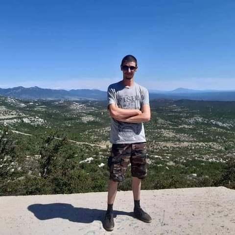 Dávid, 28 éves társkereső férfi - Debrecen