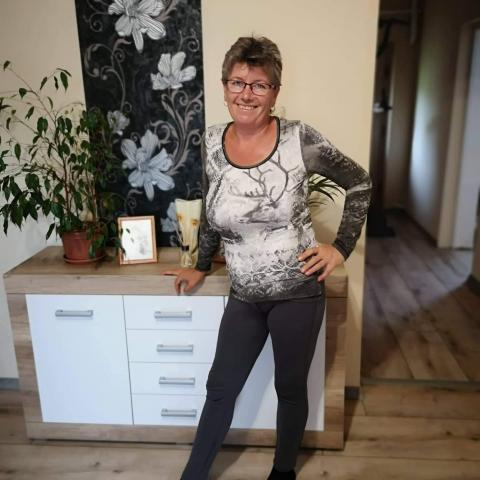 Zita, 53 éves társkereső nő - Mád