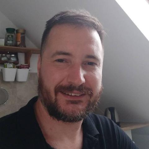 András, 39 éves társkereső férfi - Érd
