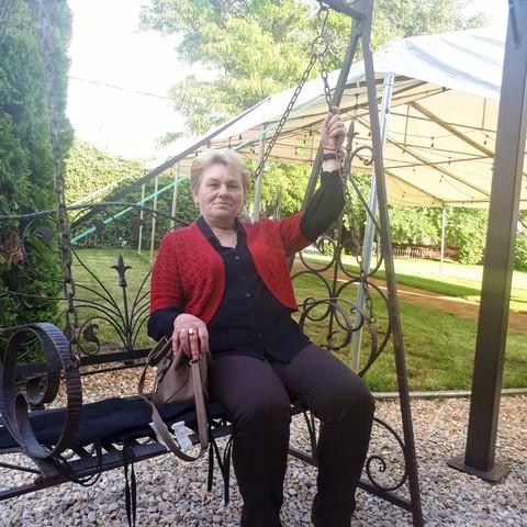 Erzsèbet, 61 éves társkereső nő - Debrecen