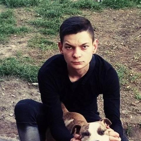 Márk, 19 éves társkereső férfi - Miskolc
