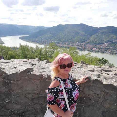 Szilvi, 50 éves társkereső nő - Székesfehérvár