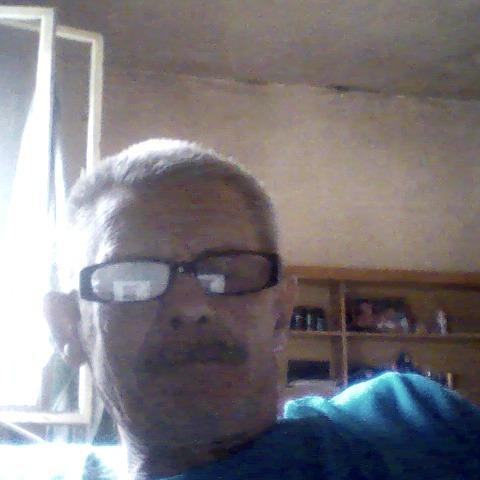 csaba, 68 éves társkereső férfi - Monor