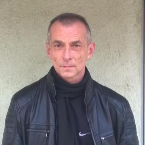 Róbert, 55 éves társkereső férfi - Lenti