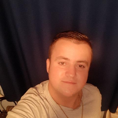 Máté, 21 éves társkereső férfi - Hajdúnánás