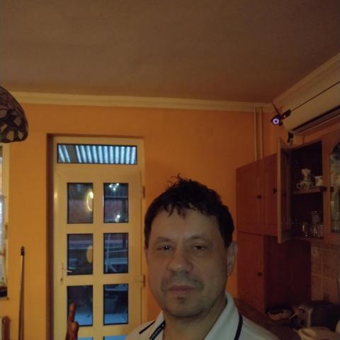 Feri, 56 éves társkereső férfi - Tiszaújváros