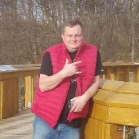 Tamás, 42 éves társkereső férfi - Nagybarca