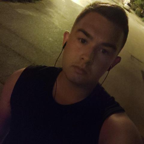 Joci, 19 éves társkereső férfi - Székesfehérvár