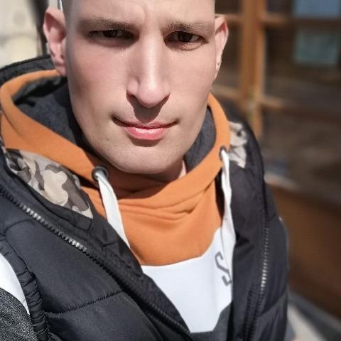 András, 33 éves társkereső férfi - Sárbogárd