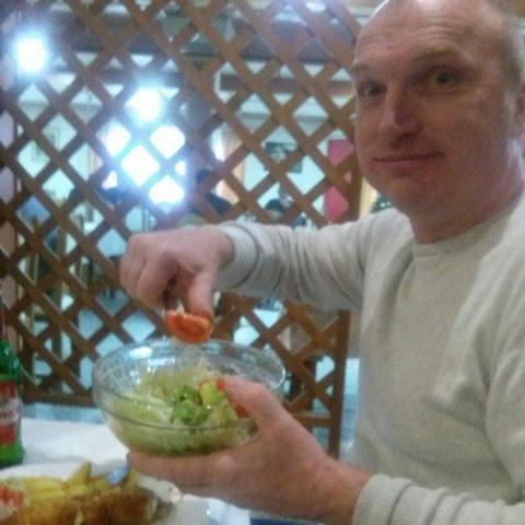 Gábor, 54 éves társkereső férfi - Pécs