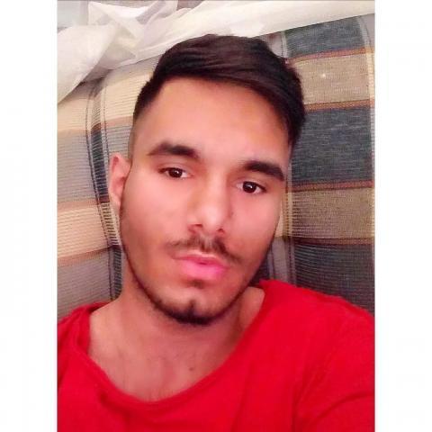 András, 24 éves társkereső férfi - Nyíregyháza