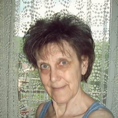 Ilona, 62 éves társkereső nő - Miskolc
