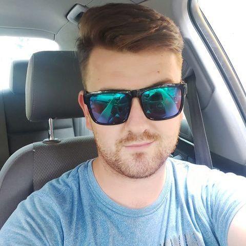 Krisztián , 24 éves társkereső férfi - Diósd