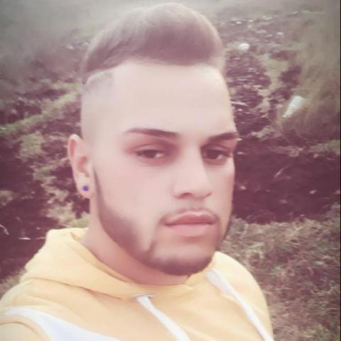 Adrián, 21 éves társkereső férfi - Miskolc