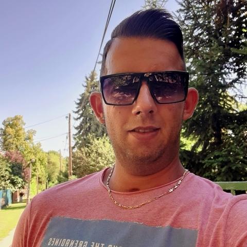 Zsolt, 27 éves társkereső férfi - Soponya