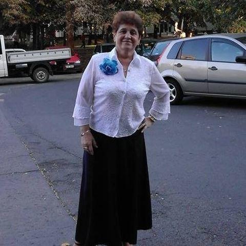 klára, 66 éves társkereső nő - Debrecen