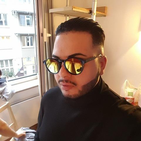 Giovanni, 28 éves társkereső férfi - Frankfurt