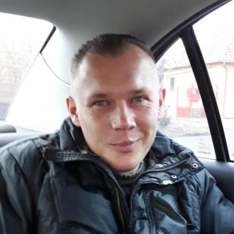 Ricsi, 35 éves társkereső férfi - Buják