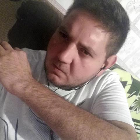 Tibi, 27 éves társkereső férfi - Abaújszántó