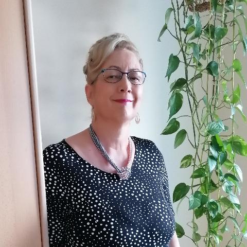 Edit, 59 éves társkereső nő - Debrecen