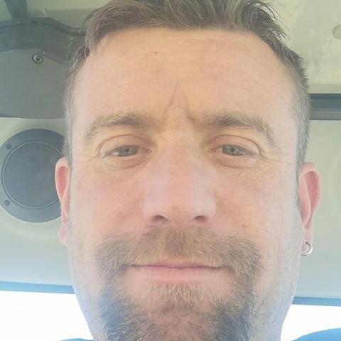 Csaba, 38 éves társkereső férfi - Szekszárd