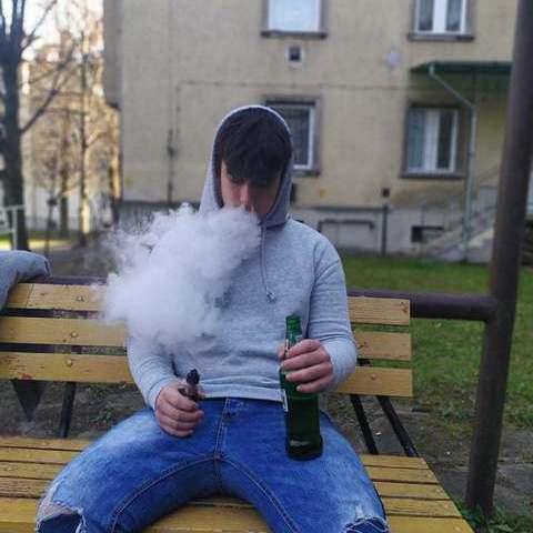 Milán , 19 éves társkereső férfi - Miskolc