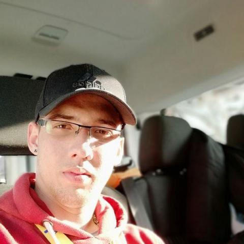 Alex, 23 éves társkereső férfi - Kazincbarcika