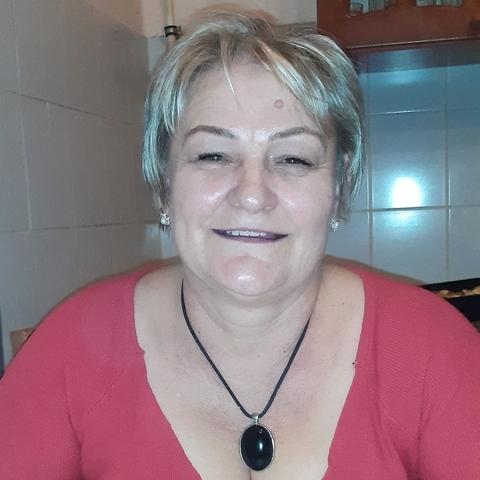 Erika, 53 éves társkereső nő - Miskolc