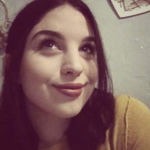 Nessza, 19 éves társkereső nő - Szeged