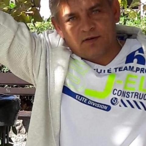 Janos, 51 éves társkereső férfi - Felsőkelecsény