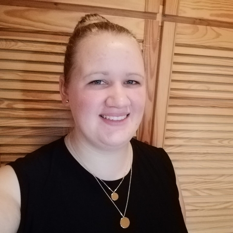 Gabica, 21 éves társkereső nő - Debrecen