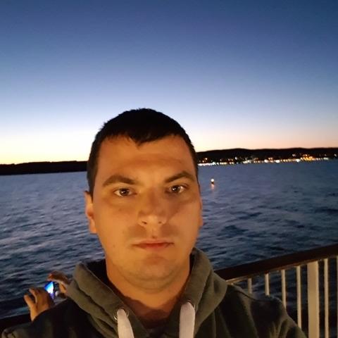 Laci, 32 éves társkereső férfi - Szeged