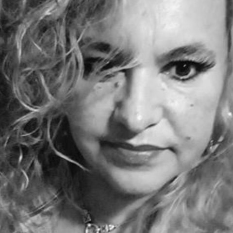 Kornélia, 51 éves társkereső nő -