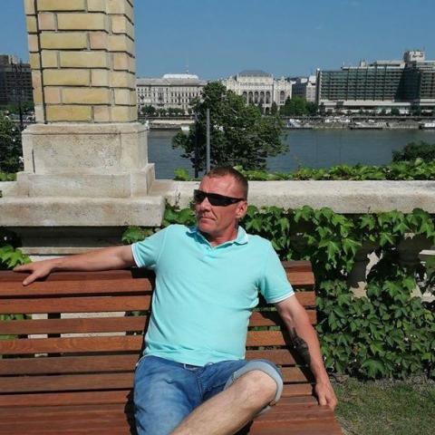 Zsolt, 45 éves társkereső férfi - Döge