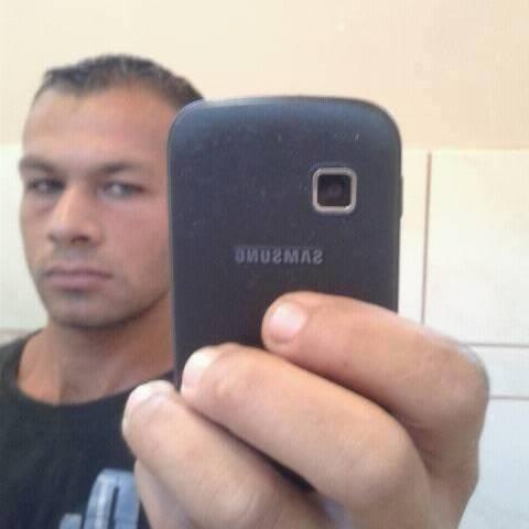 Ricsi, 34 éves társkereső férfi - őr