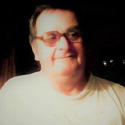 Gábor, 69 éves társkereső férfi - Pécs