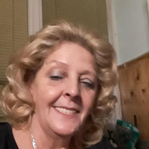 Hajni, 62 éves társkereső nő - Pécs