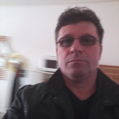 Laci, 49 éves társkereső férfi - Bélmegyer