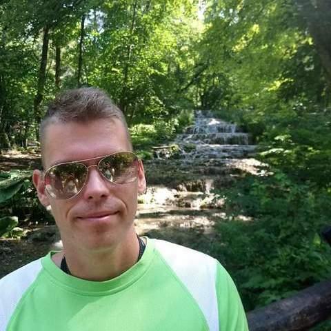 Balázs, 30 éves társkereső férfi - Salgótarján