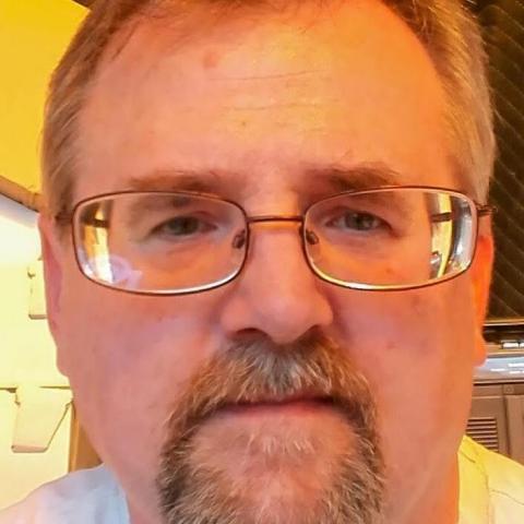 Laci, 53 éves társkereső férfi - Las Vegas NEVADA