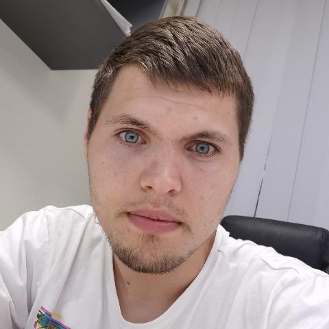 Ákos, 24 éves társkereső férfi - Debrecen