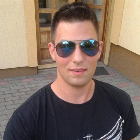 Gábor, 25 éves társkereső férfi - Győr